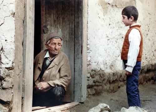 نقد و بررسی «خانه دوست کجاست» کیارستمی در پرس تی وی