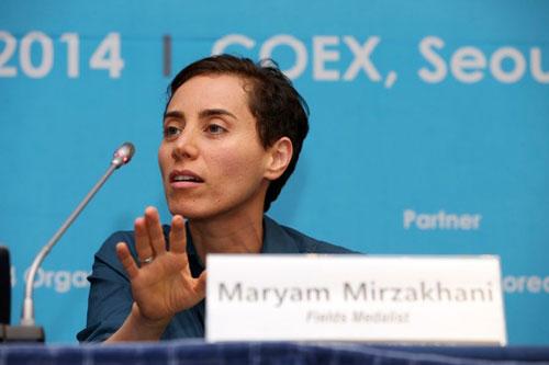 آیا مریم میرزاخانی اولین زن عضو آکادمی علوم امریکا است؟
